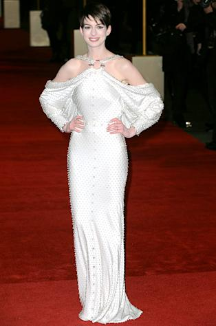Wow! Anne Hathaway Wears Sexy Backless, Beaded Dress at Les Miserables London Premiere