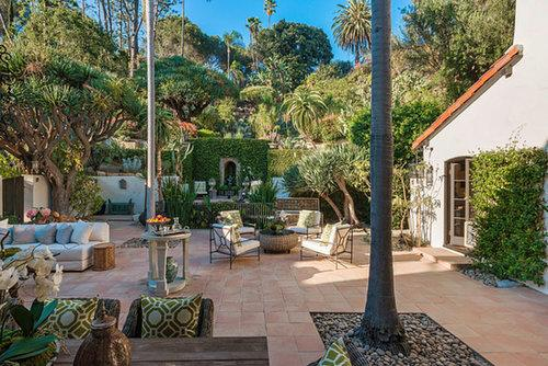 20 Jaw-Dropping Celebrity Backyards