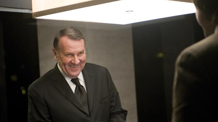 Tom Wilkinson Duplicity Production Stills Universal 2009
