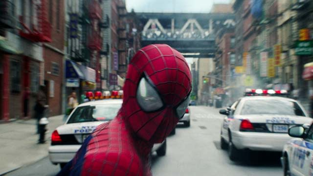 'The Amazing Spider-Man 2' Clip: Hood Ornament