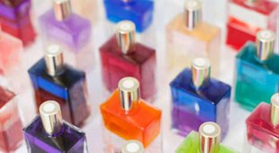 Follow these rules when fragrance shopping.