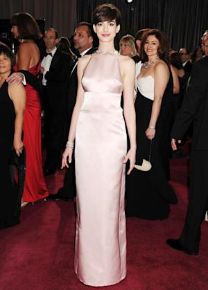Anne Hathaway Oscar Dress Switch: Why She Ditched a Stunning Valentino Gown Last-Minute