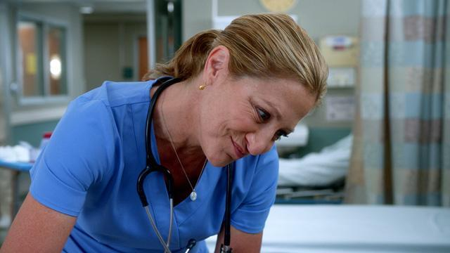 Nurse Jackie Season 6: Episode 1 Clip - The Vein Whisperer