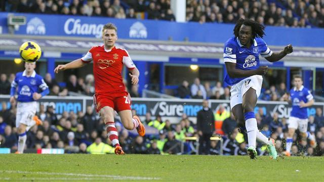Premier League - Lukaku earns Everton win over Southampton