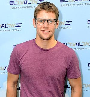 Zach Roerig Fighting With Convict Ex-Girlfriend Over Secret Daughter, 2