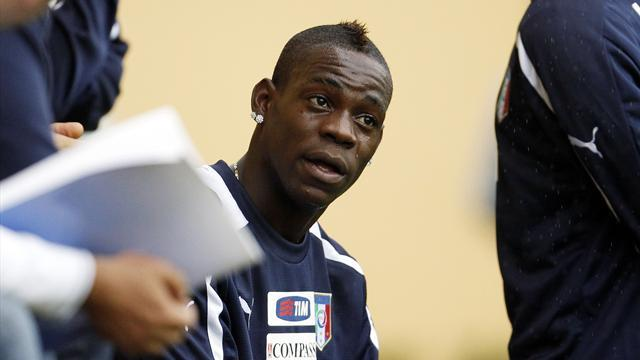 Balotelli misses Italy game with flu