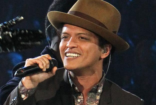 Watch Bruno Mars Making 'Unorthodox Jukebox'