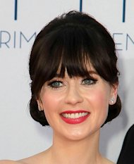 Zooey Deschanel suffers Emmy Awards wardrobe malfunction