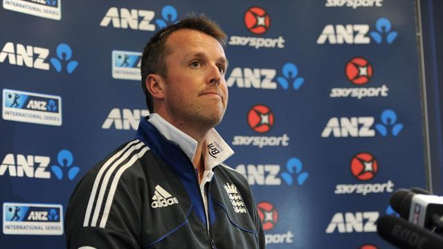 Cricket - Swann upbeat following elbow surgery