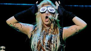 Kesha Wears a Bra Made Out of Fans' Teeth