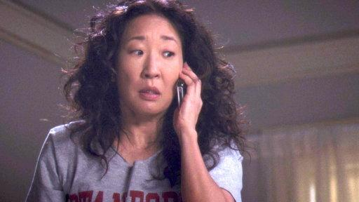 Cristina Gets the Harper Avery Call