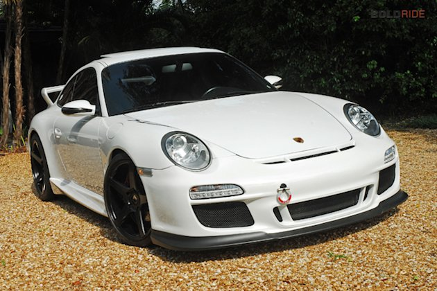 custom porsche 911 is a perfect tribute to paul walker. Black Bedroom Furniture Sets. Home Design Ideas