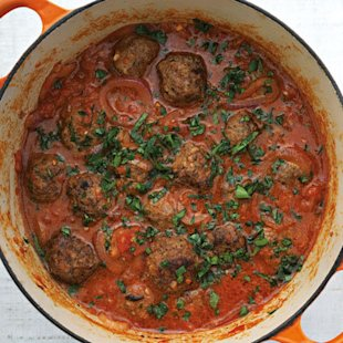 Beef and Mushroom Rissoles In Fresh Tomato Sauce: Recipe