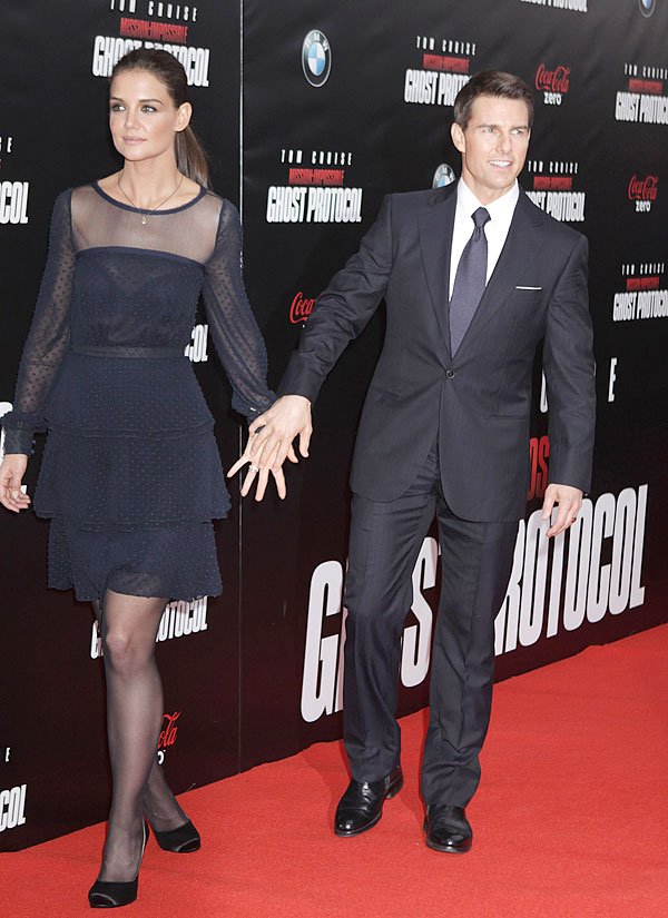 Katie Holmes Files Emergency Motion For Public Tom Cruise Divorce Trial