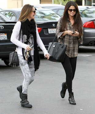 Selena Gomez Leaves Justin Bieber At Home For Girly Day Out In Cute Checkered Shirt And Leggings