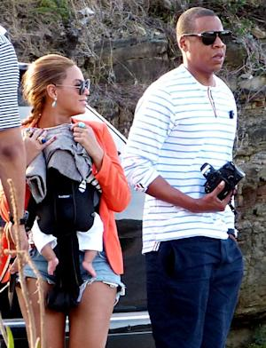 Beyonce Wears Short-Shorts, Takes Blue Ivy on Yacht for Vacation