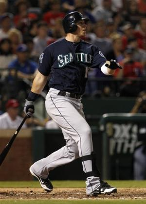 Smoak helps Mariners hold off Rangers 8-6
