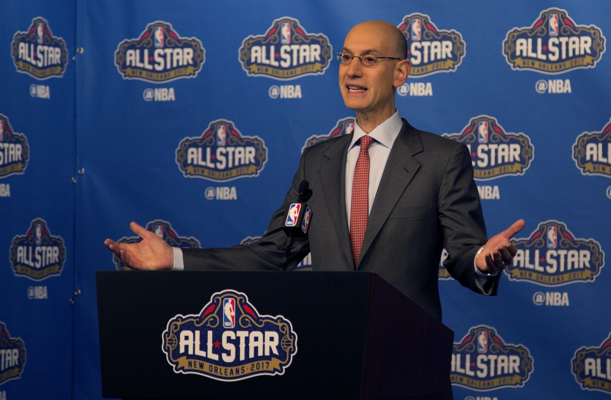 NBA Commissioner Adam Silver indicates the ample curvature of the Earth. (AP)