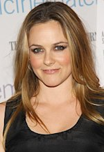 Alicia Silverstone | Photo Credits: Neilson Barnard/Getty Images