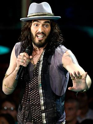 Russell Brand Hosts MTV Movie Awards, Opens with Katy Perry Joke