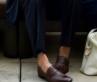 The Art of Going Sockless in Summer