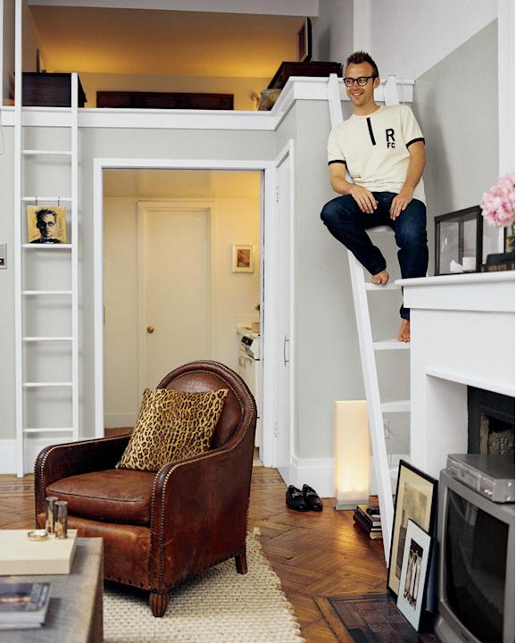 Small Space Solutions: Couple Lives in a Tiny 500 Square Foot