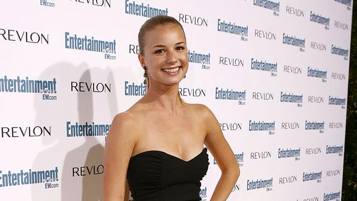 Emily VanCamp arrives at Entertainment Weekly's 6th annual pre-Emmy celebration presented by Revlon at the Historic Beverly Hills Post Office on September 20, 2008 in Beverly Hills, California.