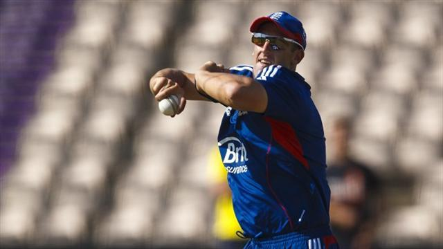 Cricket - Tredwell out to justify top billing