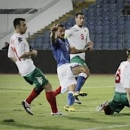Italy's Pablo Daniel Osvaldo, second left, scores his first goal during the Group B 2014 World Cup qualifying match between Italy and Bulgaria at the Vassil Levski Stadium in Sofia, Friday, Sept. 7, 2012. (AP Photo/Valentina Petrova)