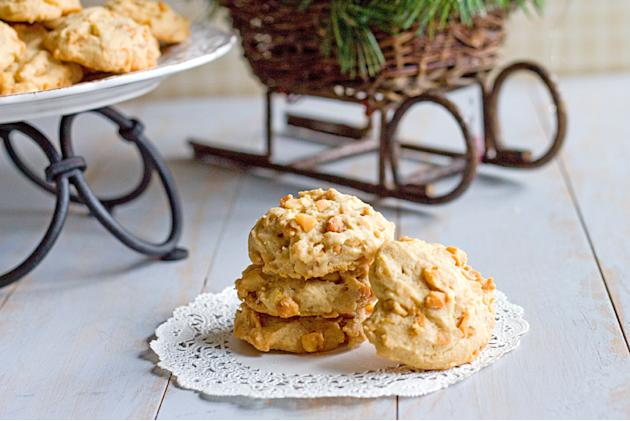 Linda's Orange Macadamia Nut Cookies