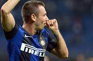 Cassano launches halftime rant at referee Tagliavento