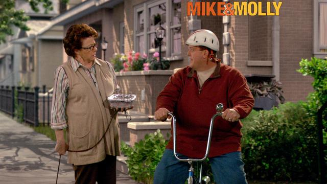 Mike & Molly - Grown Man