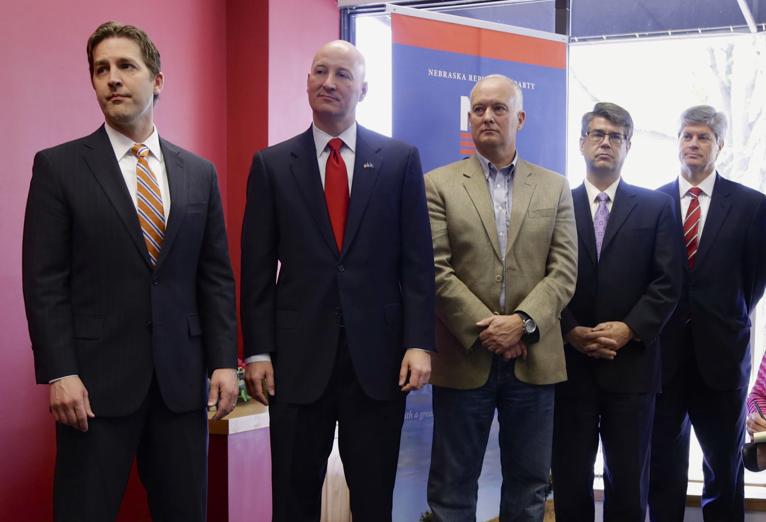 Republican candidates who won in Tuesday's primary election stand ...