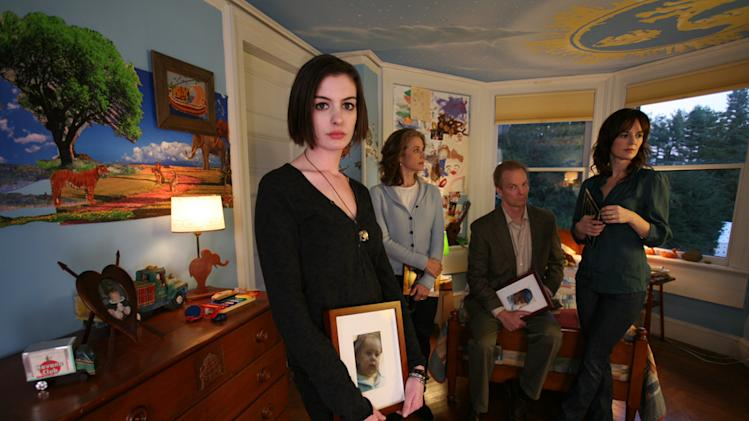 Anne Hathaway Rosemarie DeWitt Bill Irwin Debra Winger Rachel Getting Married Production Stills Sony Pictures Classics 2008