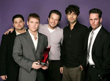 Jerry Ferrara, Kevin Connolly, Mark Wahlberg, Adrian Grenier and Kevin Dillon Hollywood Life's 4th Annual Breakthrough of the Year Awards - 12/12/2004 Jerry Ferrara
