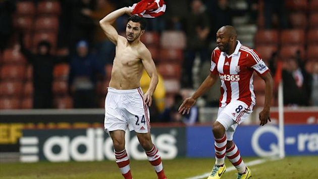 Oussama Assaidi (L) of Stoke City celebrates scoring the winner goal against Chelsea during their English Premier League (Reuters)