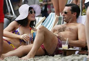 Jessica Pare and Jon Hamm | Photo Credits: Splash News