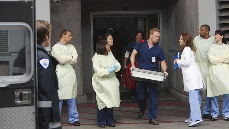 "GREY'S ANATOMY - ""Free Falling"" - In the first hour, ""Free Falling"" (9:00-10:00 p.m.), the fifth-year residents return for the first day of a year that will make or break their careers: Meredith faces the consequences of tampering with Derek's clinical trial and is terminated at the hospital; April tries to step up to the plate as Chief Resident in the wake of a giant sinkhole in the middle of Seattle; and Cristina and Owen are still at odds over their drastically different feelings for their unborn child. ""Grey's Anatomy"" returns for its eighth season with a two-hour event THURSDAY, SEPTEMBER 22 (9:00-11:00 p.m., ET) on the ABC Television Network. (ABC/RANDY HOLMES) JUSTIN CHAMBERS, CHANDRA WILSON, SANDRA OH, SARA RAMIREZ, KEVIN MCKIDD, SARAH DREW, JESSE WILLIAMS, CHYLER LEIGH Grey's Anatomy"