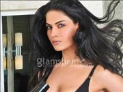 Veena Malik to beat Emraan Hashmi in serial kissing