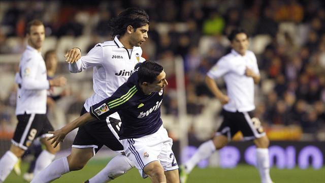 World Cup - Banega recalled to Argentina squad