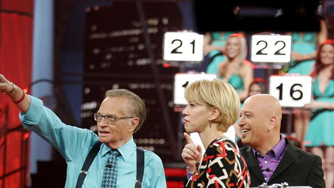 Special Guest Larry King, contestant Julie Lonero and Host Howie Mandel on Deal or No Deal.