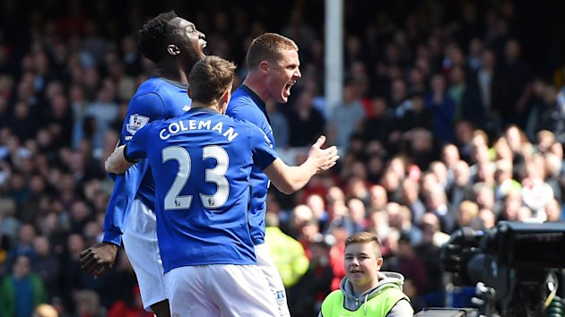 Everton's James McCarthy celebrates scoring his sides first goal of the match.