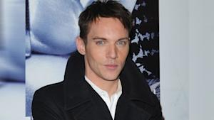 Jonathan Rhys Meyers to Star in Dracula Series