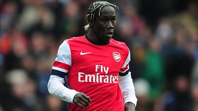 Football - Sagna: I'm sticking with Arsenal