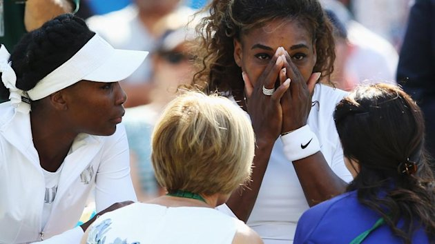 Wimbledon - Unwell Serena retires after bizarre game of double faults