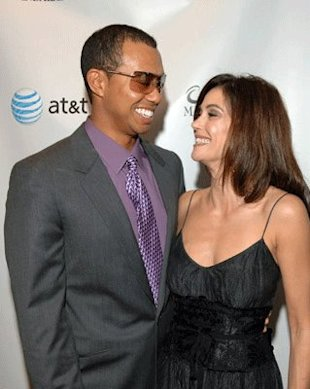 Tiger Woods with Teri Hatcher at an even in 2006. Just sayin'. (Lester Cohen/Wire Image)