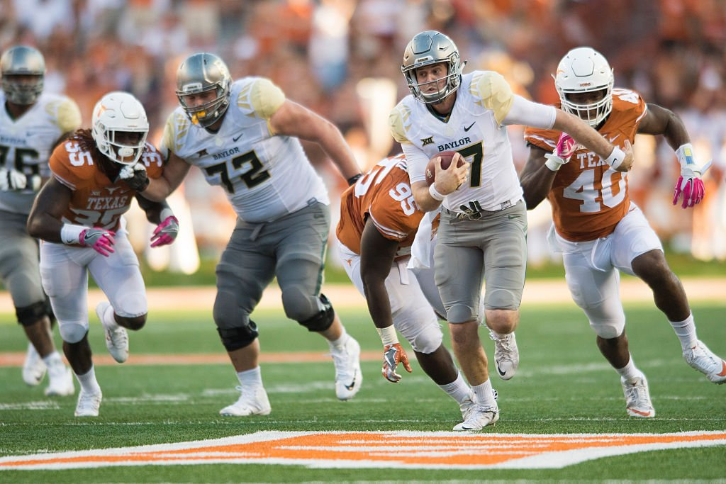 Baylor QB Seth Russell underwent concussion protocol following last week's loss to Texas. (Getty)