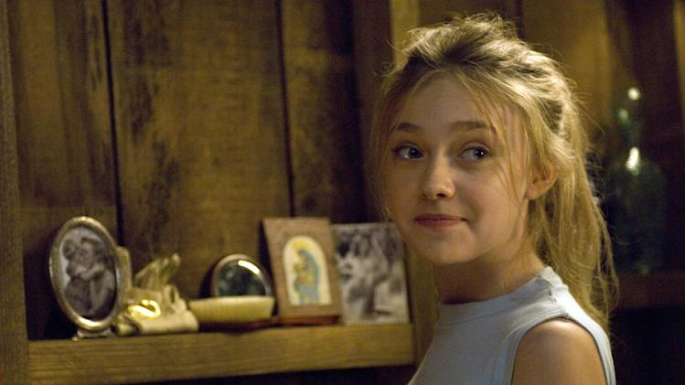 Dakota Fanning The Secret Life of Bees Production Stills Fox Searchlight 2008