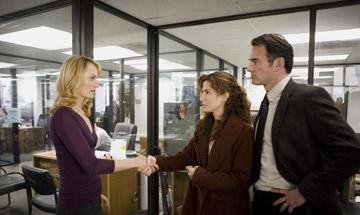 Amber Valletta , Sandra Bullock and Julian McMahon in TriStar Pictures' Premonition