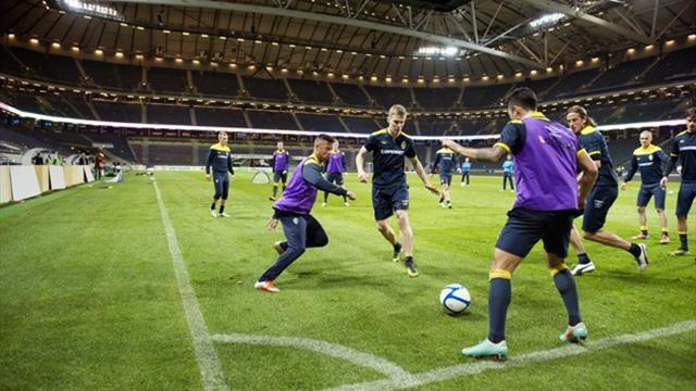 World Football - Roof to be closed for Sweden-England match